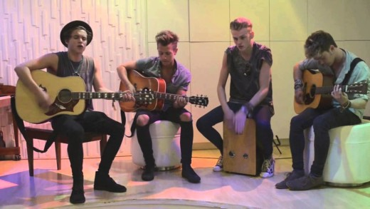 GET TO KNOW THE VAMPS (BEFORE EVERYONE AND THEIR MOTHER DOES)