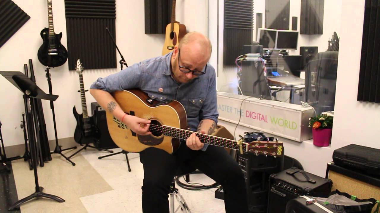 EX-SOUL COUGHING FRONTMAN MIKE DOUGHTY; NEWCOMER SWF PERFORM IN WHITE PLAINS FOR A-SIDES