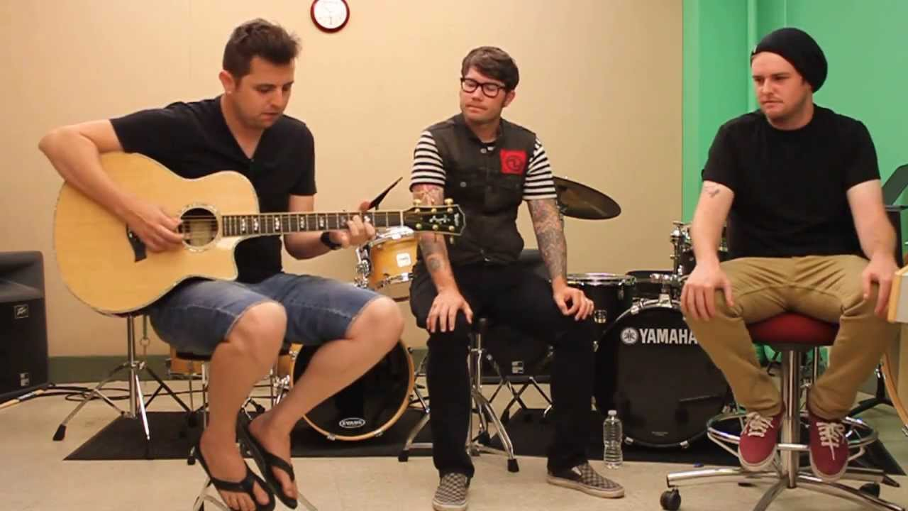 """OPENING """"PARACHUTES"""" WITH HAWTHORNE HEIGHTS"""