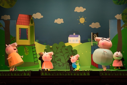 Pig in the City – Peppa Shines in NYC